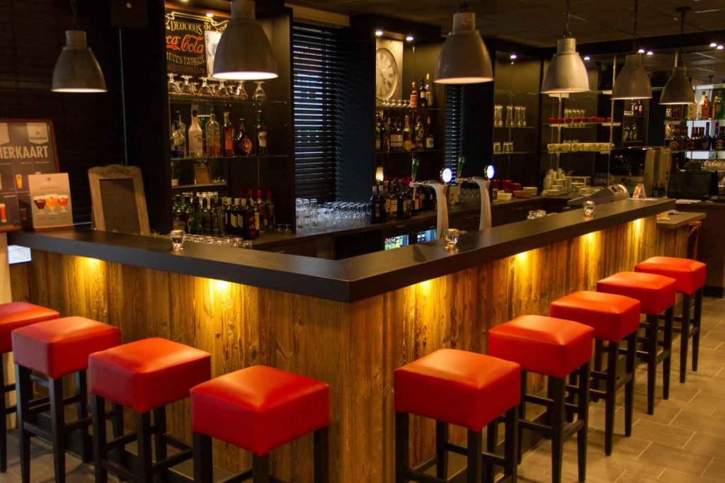 De bar van de Ploats Blokzijl